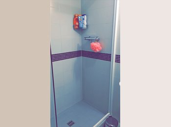 EasyRoommate UK - Self contained studio flat to rent at Quebec House.  - Kingston upon Thames, London - £253 pcm