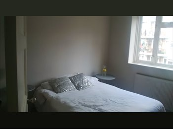 Amazing double room in Nottingill