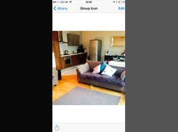 Double En suite room available in beautiful city centre...