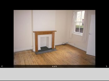EasyRoommate UK - Fantastic period house in Central Chelmsford  - Moulsham, Chelmsford - £525 pcm