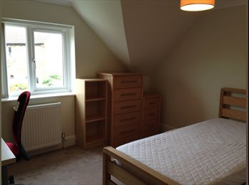 Large Double room available for single occupation