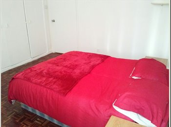 EasyRoommate UK - BAYSWATER SUPER DOUBLE  ROOM AVAILABLE INMEDIATELY IN BASYWATER ,CENTRAL LONDON. - Notting Hill, London - £1,260 pcm