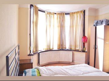 spacious double room, 430 cpm, Wembley