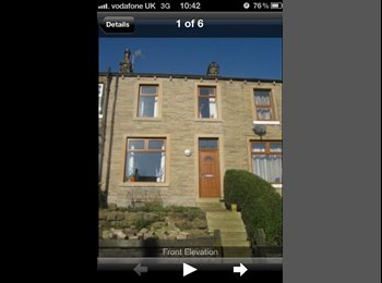 EasyRoommate UK - ** Double bedroom in terraced house to rent - Huddersfield, Kirklees - £300 pcm
