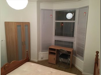 EasyRoommate UK - Newly Refurbished Rooms - City Centre - Lincoln, Lincoln - £400 pcm
