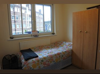EasyRoommate UK - Newly refurbished flat within minutes of London Bridge - Bermondsey, London - £760 pcm