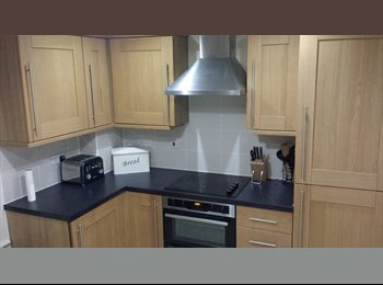 EasyRoommate UK - Double Room + Private Bathroom, Bicester - £575 pcm