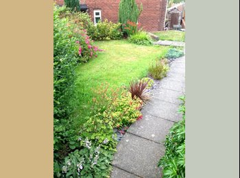 EasyRoommate UK - Small, cheap room available in friendly shared house - Smallthorne, Stoke-on-Trent - £220 pcm