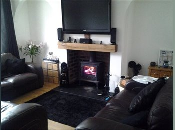 EasyRoommate UK - 4 Bedroom Professional House Share in Doncaster - Balby, Doncaster - £325 pcm