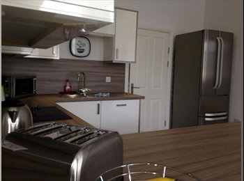 Newly Refurbished House Share in Broomhill.