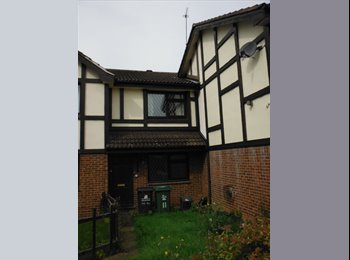 EasyRoommate UK - Furnished 2 Bedroom House in Quiet cul-de-sac  Close to the Universtity - Loughborough, Loughborough - £265 pcm