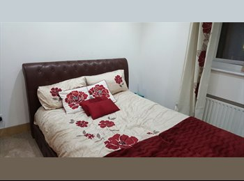 EasyRoommate UK - FULLY FURNISHED HIGH SPEC DOUBLE ROOM INCLUDING BILLS 2MINS WALK TO MANOR PARK OVERGROUND  - Manor Park, London - £750 pcm