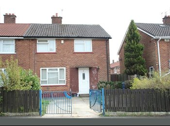 EasyRoommate UK - Looking for 2 single sharers over 35. LHA Welcome - Little Hulton, Salford - £440 pcm