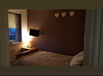 EasyRoommate UK - Cosy single room in a quiet area close to motorway links and bus routes - Dewsbury, Kirklees - £400 pcm