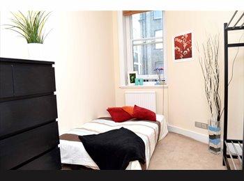 Lovely Double Room @Baker Street . Ref: 177C