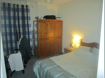 EasyRoommate UK - Large Double Room available in Redland, Bristol - Redland, Bristol - £350 pcm