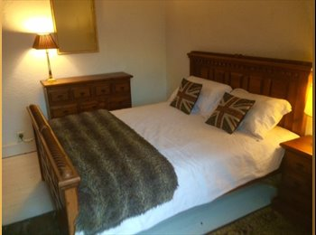 EasyRoommate UK - Furnished double room in Victorian House, Salford - Weaste, Salford - £400 pcm