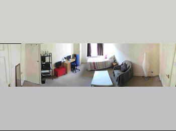 GREAT lovely Double Room in Queensway - Bayswater (Zone 1)