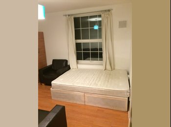 double room in Shoreditch for £760 pm (all incl.)