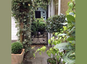 EasyRoommate UK - Double room to rent in beautiful flat in Tunbridge wells. - Tunbridge Wells, Tunbridge Wells - £500 pcm