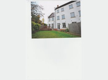 EasyRoommate UK - Great rooms in Fantastic house in Northampton - Upton, Northampton - £600 pcm
