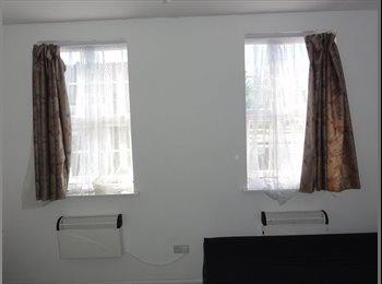 Nice Double Room Opposite Hounslow East Tube Station