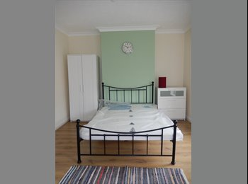 EasyRoommate UK - £200 Deposit *no admin fees* DOUBLE ROOM. - Lincoln, Lincoln - £315 pcm