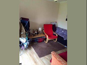 EasyRoommate UK - Room available in student house near University (Must be student) - Stanmore, Winchester - £477 pcm