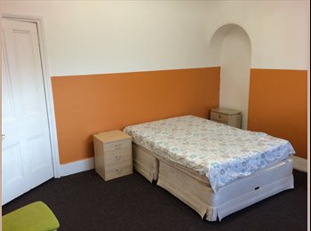 EasyRoommate UK - Available 7th Feb,  City Centre, Large Double Room - Chester, Chester - £480 pcm