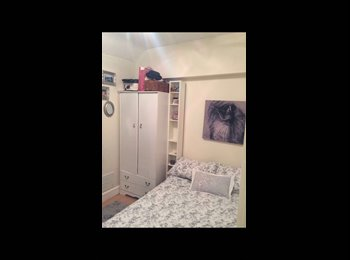 EasyRoommate UK - Cosy Double Room in Lovely Didsbury House £265pm! - Didsbury, Manchester - £265 pcm