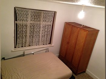 Light and Airy Spacious Double bed/Upton Park