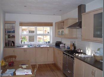 Double Room, Central. Athelstan Rd £420 pcm,Non-Smoking...