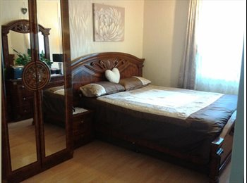 EasyRoommate UK - A  very lovely room is available for short term or long term, Upton Park - £650 pcm