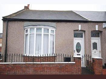 EasyRoommate UK -  Terraced House in Sunderland - Ayres Quay, Sunderland - £475 pcm