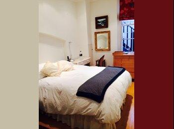 Quiet Double Bedroom with ensuite bath Victoria