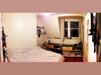 Whitechapel E1, Single Room, Large Flat