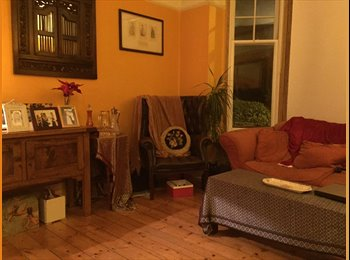 EasyRoommate UK - Double room in a beautiful period garden flat - Stoke Newington, London - £800 pcm