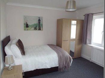 EasyRoommate UK - New luxury ***** EN-SUITE ROOM ***** - Netherton, Dudley - £400 pcm