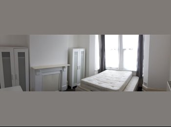 Lovely Massive Double/Twin Room in Plaistow