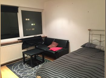 EasyRoommate UK - Rooms from 145 pw - Ealing, London - £145 pcm