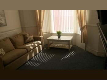 EasyRoommate UK - Aigburth* 30 seconds from St Michaels Station*No deposit! - Aigburth, Liverpool - £303 pcm