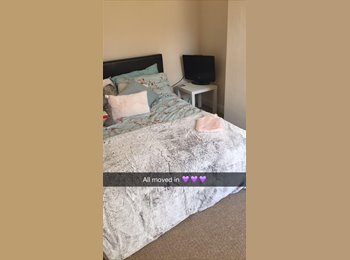 EasyRoommate UK - DOUBLE ROOM FOR RENT - STUDENTS DERBY - Derby, Derby - £69 pcm