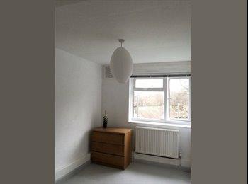 Big double bedroom Highgate £700 inc bills available ASAP