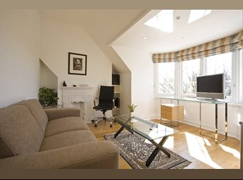 STUNNING FLAT IN RICHMOND. DOUBLE BEDROOM & PRIVATE LIVING...