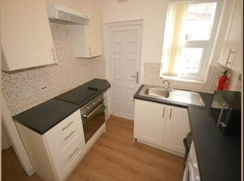 EasyRoommate UK - Room to rent in Kensington close to Hospital and University - Kensington, Liverpool - £300 pcm
