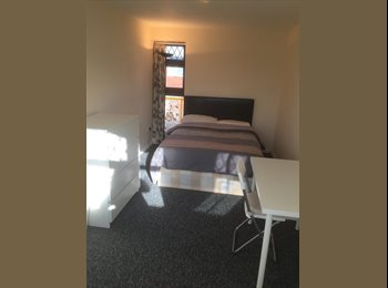 Furnished double bedroom with Gd Transport, ExCel