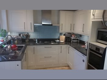Delightful dbl Poole Town Centre - Full Sky & Washer &...