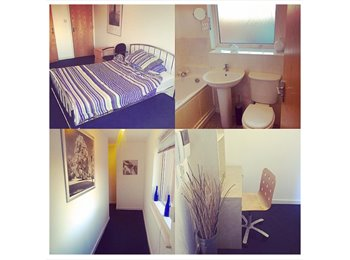 Studio and Ensuite Rooms Birmingham City Centre