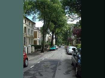 Large Room in lovely Shared Home on Wordsworth Avenue in...