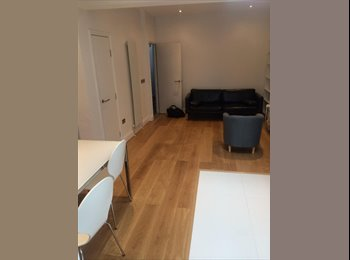 Double rooms available in a Luxury House
